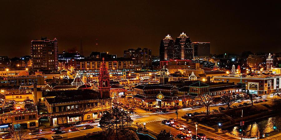 kansas-city-country-club-plaza-christmas-lights-alan-hutchins - Kansas-city-country-club-plaza-christmas-lights-alan-hutchins
